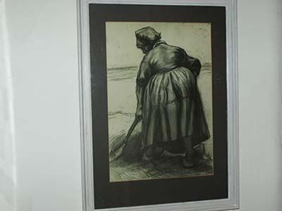 Vincent van Gogh - peasant woman digging - black chalk drawing - 1885